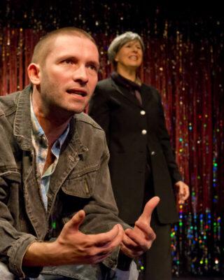 """Junge Theaters eröffnet die Privattheatertage in Hamburg mit """"Ach, diese Lücke, diese entsetzliche Lücke"""""""